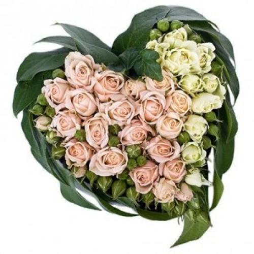 """Сърце от рози - """"За моето мъниче"""""""