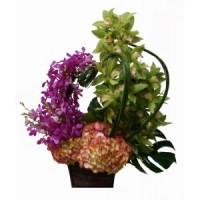 """Букет от орхидеи """" Обилни Цветове """""""