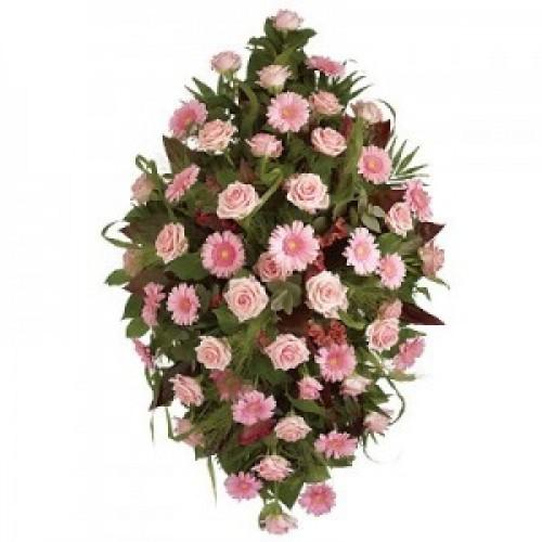 Венец за погребение с розови цветя - голям