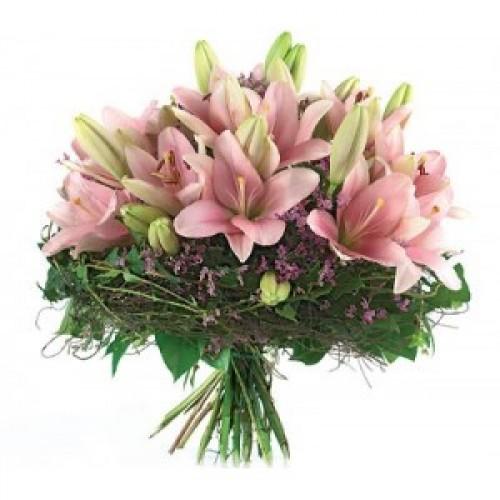 Букет от розови лилиуми
