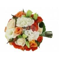 Булчински букет от рози и лизиантуси 13