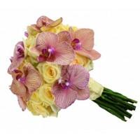 Булчински букет от рози и орхидеи 21
