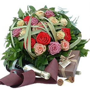 17 Рози, Шампанско и Шоколад (0,250кг.)