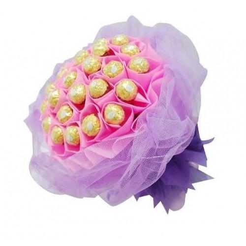 Ferrero Rocher Букет в розово и лилаво