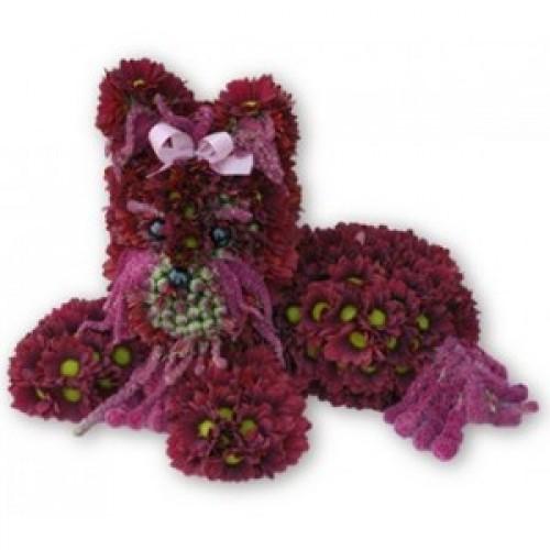 Кученце от цветя