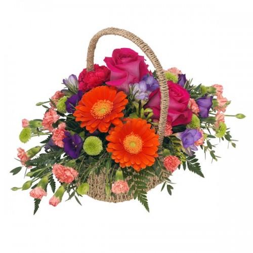 """""""Жизненост"""" - кошница с цветя"""