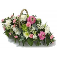 Лятна кошница с цветя