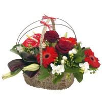 Кошница от гербери и рози